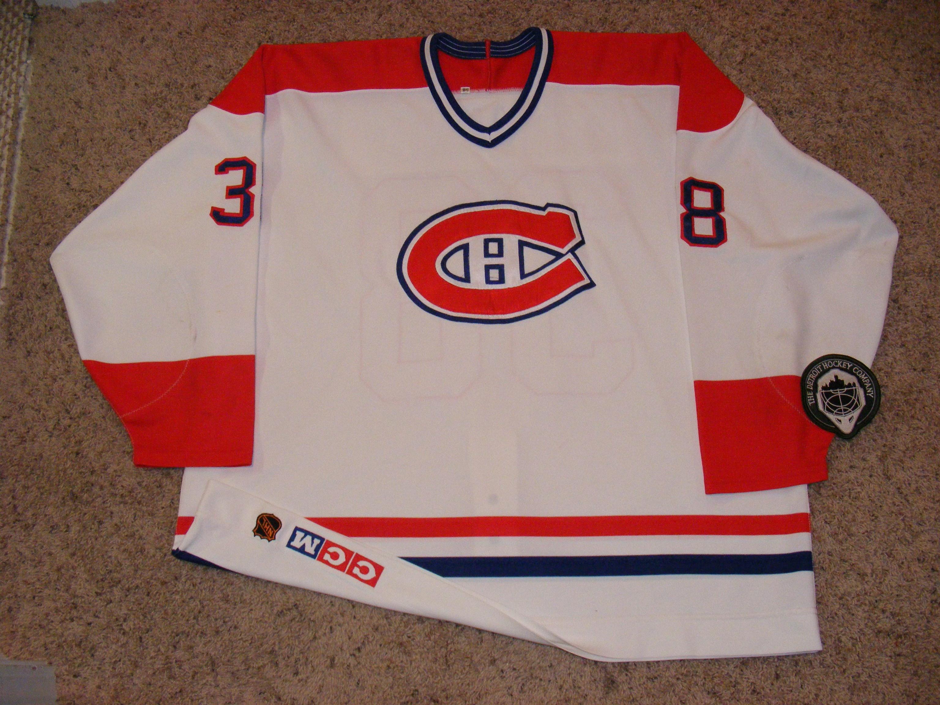 Canadians38f